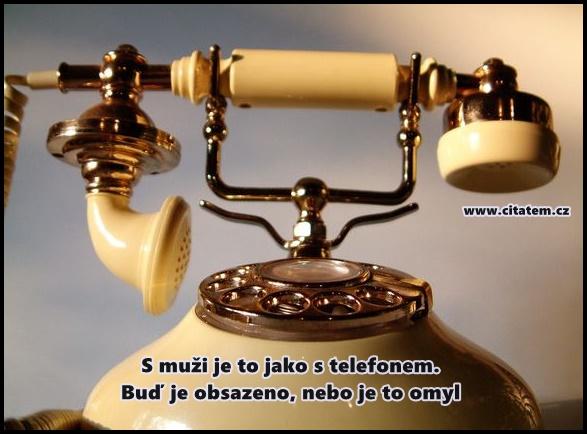S muži je to jako s telefonem